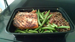 salmon_quinoa_green_beans_small